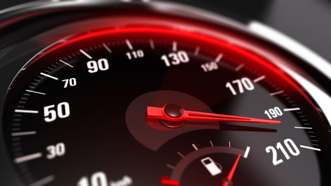 Mennyivel gyorsabb egy pedelec, mint egy speed-pedelec?